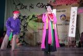 Sinh viên Hà Nội hát chèo