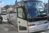 Xe buýt chở nhân viên của Apple bị tấn công trên đường cao tốc