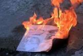 Cựu sinh viên đốt bằng tốt nghiệp sẽ gửi thư xin lỗi đến nhà trường