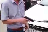 Vụ tài xế rút súng dọa bắn sau va chạm: Là súng nhựa đồ chơi?