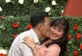 """Video: Cặp đôi chưa cần bấm nút đã thơm má gây sốt """"Bạn muốn hẹn hò"""""""
