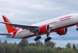 Nữ tiếp viên Ấn Độ rơi khỏi máy bay sắp cất cánh