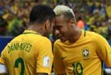 Neymar bị Alves ép mặc áo số 10 ở tuyển Brazil