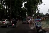 Áo dài bị cuốn vào bánh xe, nữ sinh ngã xuống đường