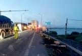 Xe container đối đầu lúc rạng sáng, lật ngửa ở vệ đường