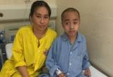 Sự sống mong manh của bé trai 10 tuổi phải phẫu thuật u não 5 lần