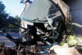 Hai ôtô đâm nhau, người phụ nữ văng khỏi xe