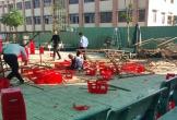 15 học sinh ở Sài Gòn bị thương khi giàn giáo đổ sập