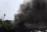 Cháy lớn tại xưởng ô tô gần trụ sở VFF