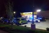 Tay súng khỏa thân bắn chết 4 người tại nhà hàng Mỹ
