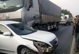 Tai nạn liên hoàn 3 xe dính chặt nhau tại quận 12
