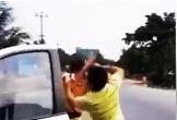 Đang xác minh clip CSGT Gia Lai bị người đàn ông đánh tới tấp
