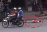 Xôn xao clip người qua đường vô cảm khi thấy bé trai nằm bất tỉnh trên đường phố