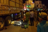 Xe máy va chạm với xe tải, người phụ nữ tử vong thương tâm