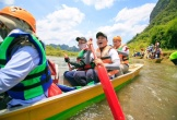 Chèo thuyền vượt sông, chạy đua xuyên hang động Tú Làn
