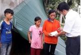 Thăm hỏi gia đình bị thiệt hại do lốc xoáy ở Thanh Chương