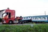 Tàu hỏa đâm ngang xe tải ở Italy