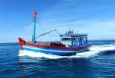 Huế: Cấp cứu ngư dân đang đánh cá trên biển bị xuất huyết dạ dày