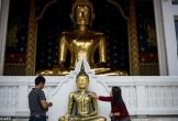 Trụ trì chùa Bangkok bị cáo buộc tham ô hơn 4 triệu USD