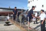 Đưa 31 ngư dân bị chìm tàu ở Trường Sa về bờ an toàn