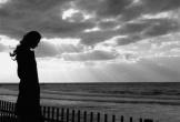 Khi bình yên, người ta thường quên những lời thề trong gió bão