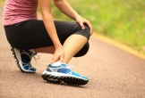 Chọn giày chạy bộ như thế nào để tránh chấn thương