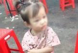 Bé gái 2 tuổi đang chơi ở sân nhà đột nhiên mất tích