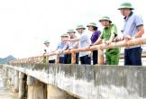 Bộ trưởng Nguyễn Xuân Cường kiểm tra tình hình mưa lũ tại Ninh Bình