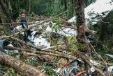 Máy bay cỡ nhỏ đâm xuống núi ở Indonesia, 8 người chết