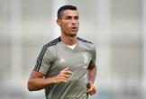 Ronaldo châm chọc Real, khen Juventus như gia đình