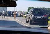 Tài xế Lexus biển tứ quý 8 bị xe tải đâm tử vong khi đang làm việc với CSGT