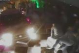 Ô tô điên đâm bị thương 8 người khi cố ý lao vào hộp đêm