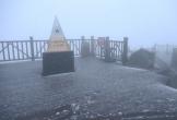 Tuyết rơi trên đỉnh Fansipan