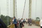 Nghệ An: Cởi áo để lại trên cầu, người đàn ông nhảy xuống sông Lam tự tử