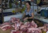 Người tiêu dùng sợ thịt lợn, người chăn nuôi càng gặp khó