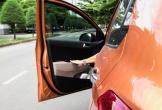 Lỗi ngớ ngẩn của tài xế trước khi tắt máy đỗ xe khiến xe ô tô nhanh 'tã'