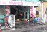 Cháy shop quần áo, 2 người thoát chết