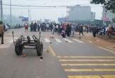 Xe khách đâm đoàn người đưa đám ma, 7 người chết, 3 người bị thương