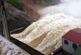 Thủy điện Hố Hô xả lũ, nhiều vùng hạ du ngập trong biển nước