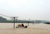 Đường sắt, quốc lộ ngập sâu, khuyến cáo xe không đi qua Quảng Bình