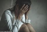 Cô gái bị cưỡng hiếp tập thể trên phố giữa ban ngày