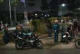 Bạn trai bỏ đi, thiếu nữ bị cướp ngay xe máy