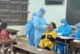 Phát hiện 22 em học sinh trường bán trú nhiễm Covid-19