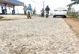 Đường vùng lũ Quảng Bình xuống cấp, tai nạn rình rập