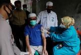 Hơn 350 bác sĩ Indonesia mắc COVID-19 dù đã tiêm vắc xin Trung Quốc
