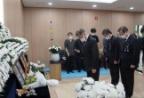 Tổng thống Hàn Quốc lên tiếng xin lỗi vụ nữ sĩ quan tự tử vì bị quấy rối