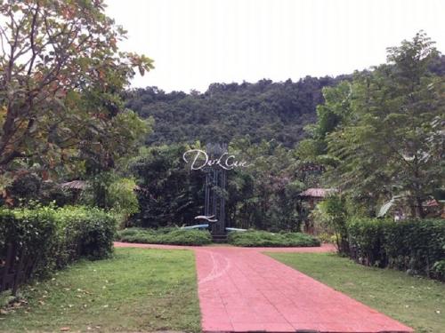 Điểm du lịch Sông Chày - Hang Tối.