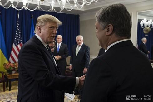 Tổng thống Mỹ Donald Trump, Tổng thống Ukraine Poroshenko