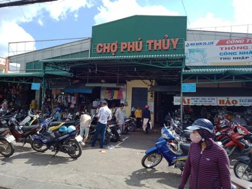 Chợ Phú Thủy